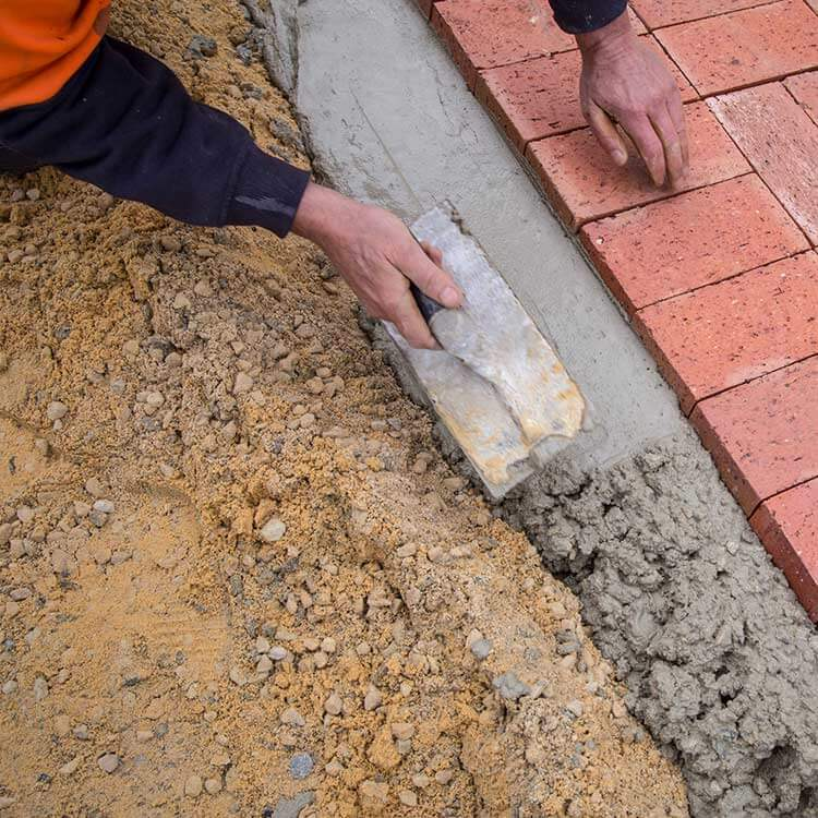 Laying pavers - Littlehampton Bricks and Pavers Adelaide