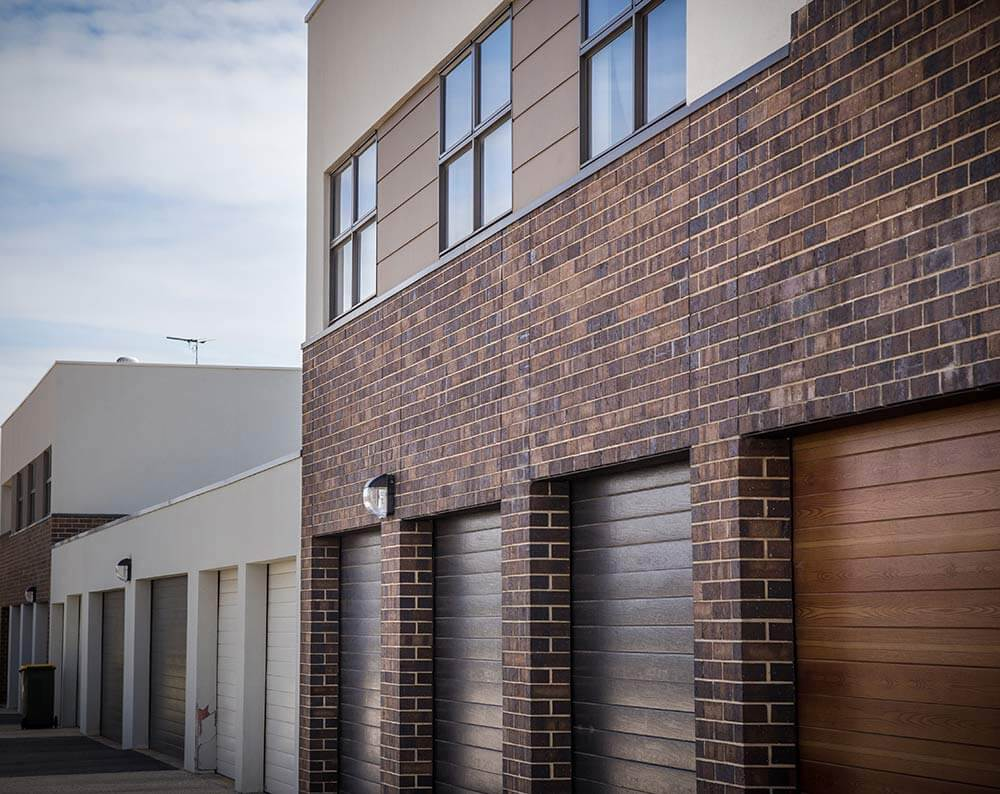 St Clair Estate Littlehampton Bricks And Pavers Coachhouse And Siena Bricks 19