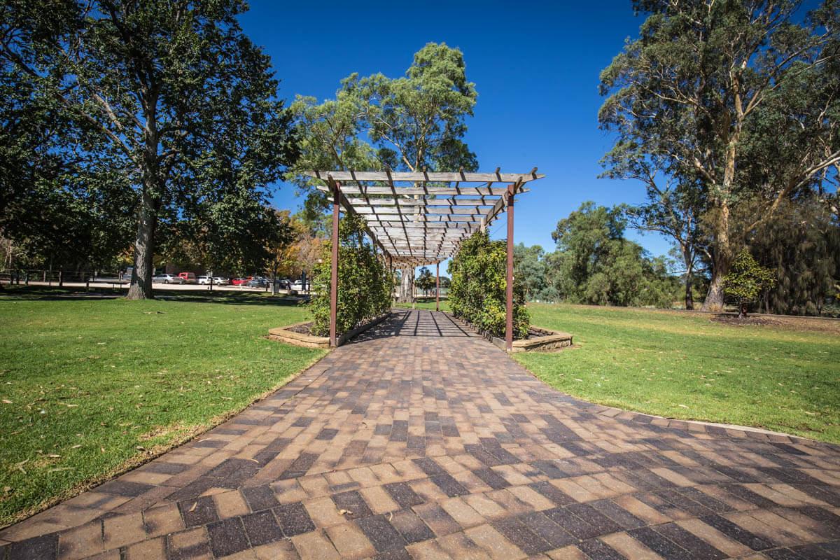Littlehampton Pavers Adelaide Hills Towns 21
