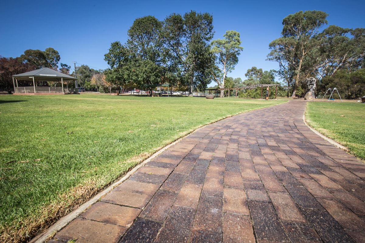 Littlehampton Pavers Adelaide Hills Towns 27