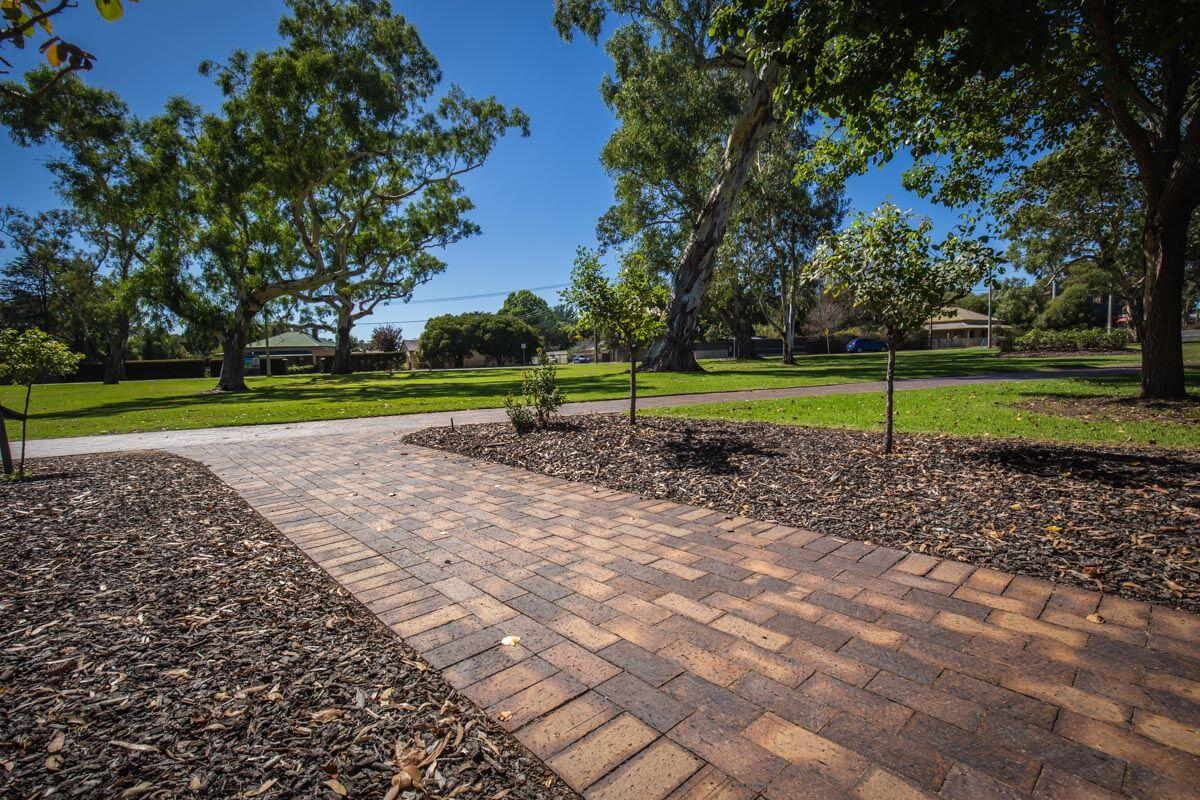 Littlehampton Pavers Adelaide Hills Towns 33