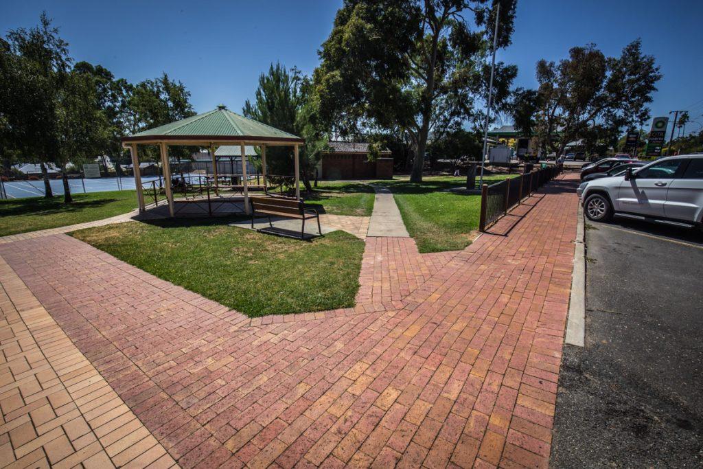 Littlehampton Pavers Adelaide Hills Towns 46