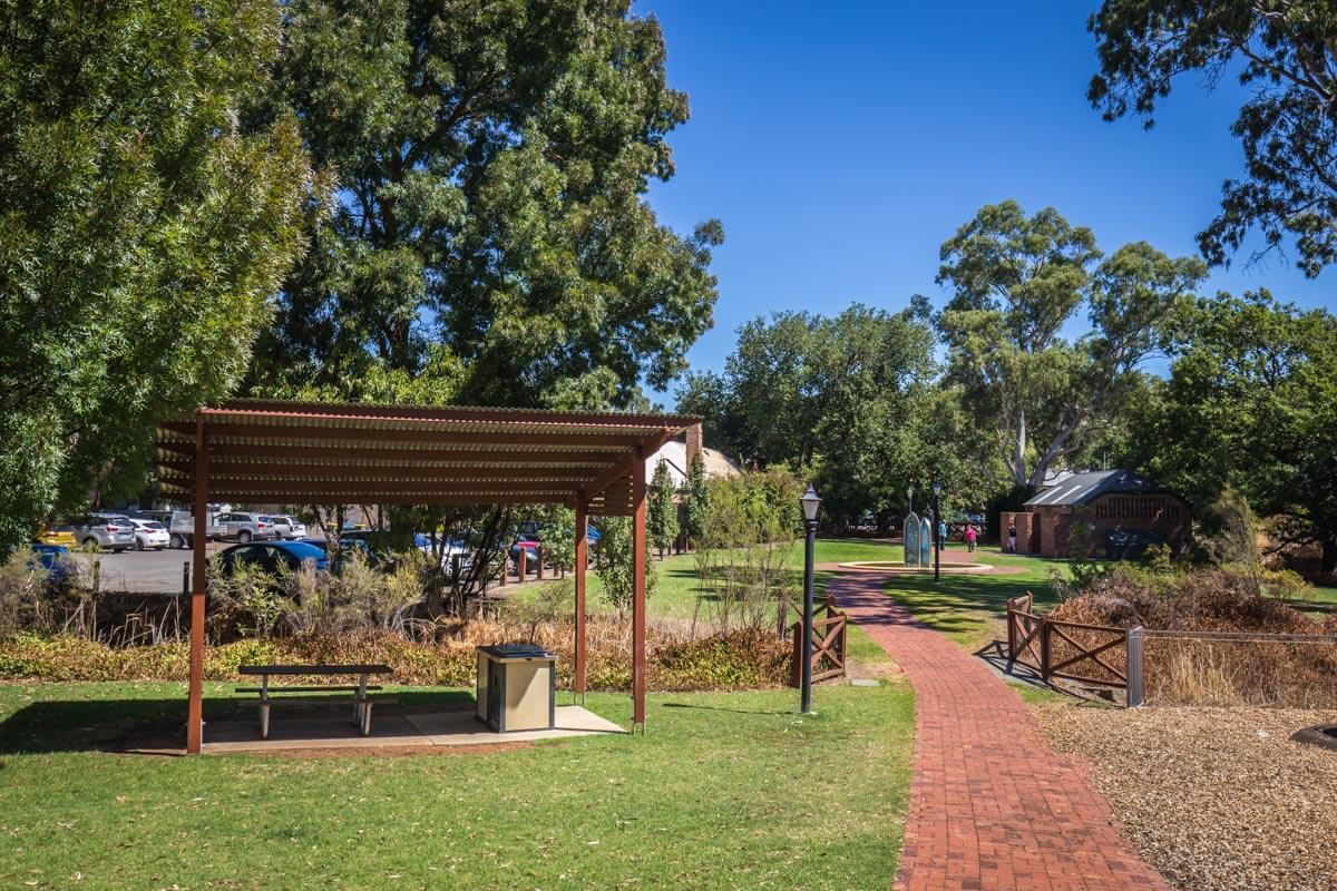 Littlehampton Pavers Adelaide Hills Towns 51