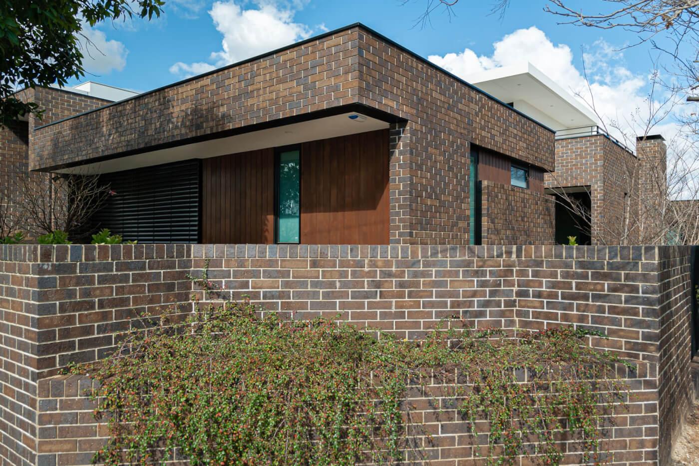 Coachhouse Brick 76mm Hyde Park Littlehampon Bricks And Pavers Reduced 17