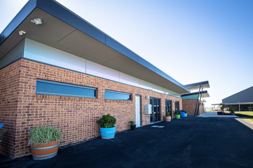 Murray Bridge Racing Club Siena Brick Littlehampton Clay Bricks And Pavers Rs