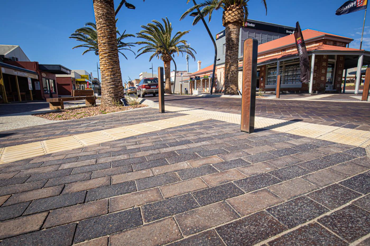 Victor Harbour Main Street Mahogany Pavers Littlehampton Brick Co Rs 20