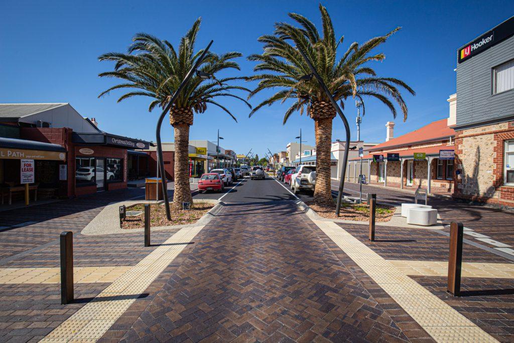 Victor Harbour Main Street Mahogany Pavers Littlehampton Brick Co Rs 25
